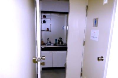 一番町オフィス3階の給湯室